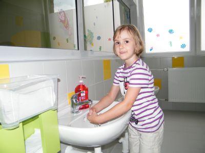 V Nemocnici Šternberk zájemcům poradí, jak si správně mýt ruce