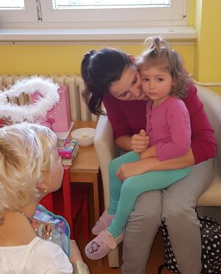 Mikuláš nezapomněl ani na dětské pacienty v Nemocnici Šternberk